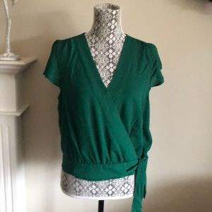 Banana republic M/M NWT GREEN WRAP TOP